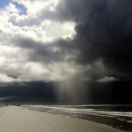 Karen Wiles -  Hurricane Glimpse