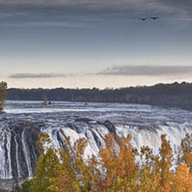 Jiayin Ma -  the Panoramic View of Cohoes Falls in large format