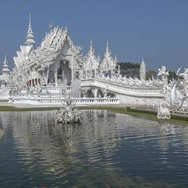 Gerry Gantt -  Wat Rong Khun Ubosot DTHCR0001
