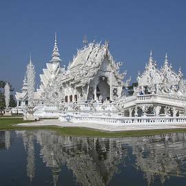Gerry Gantt -  Wat Rong Khun Ubosot DTHCR0002