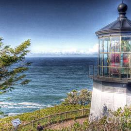 Steve Sturgill - 0105 Cape Mears Lighthouse Oregon
