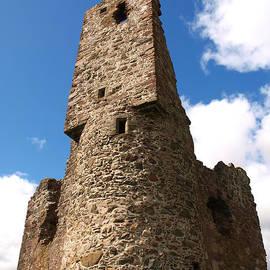Michaela Perryman - Ardvreck Tower