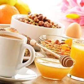 T Monticello - Breakfast