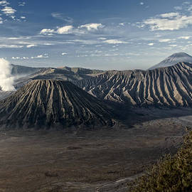 Miguel Winterpacht - Bromo Mountain