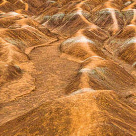 Les Palenik - Cheltenham Badlands Panorama