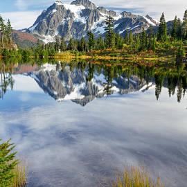Michael Russell - Fall at Mount Shuksan