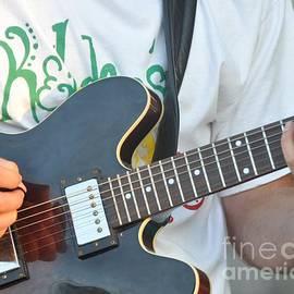 Sue Rosen - Guitars