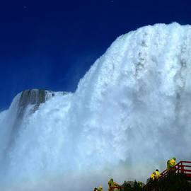 Paul Ge - Niagara Waterfalls New York