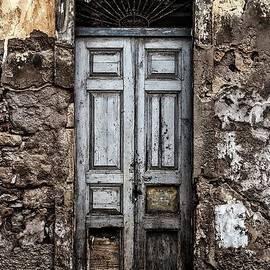 Claude Sassoon - Old doorway