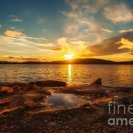 Rose-Maries Pictures - Peaceful sunset