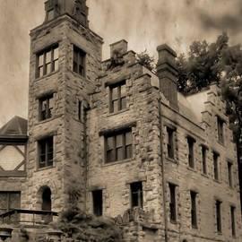Dan Sproul - Piatt Castle