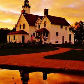 Daniel Thompson - Point Iroquois Lighthouse