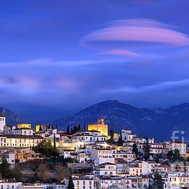 Guido Montanes Castillo - Sunrise over Granada and The Alhambra Castle
