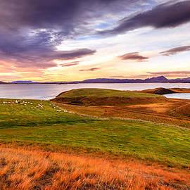 Alexey Stiop - Sunset at Lake Myvatn