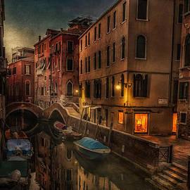Dobromir Dobrinov - Sunset in Venice