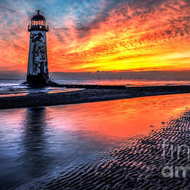 Adrian Evans - Sunset Lighthouse