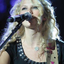Don Olea - Taylor Swift