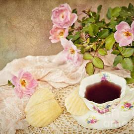 Cheryl Davis - Tea And Cookies