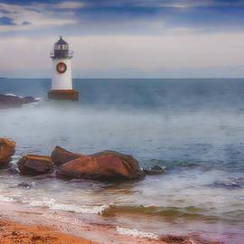 Jeff Folger - The fog rises at the lighthouse
