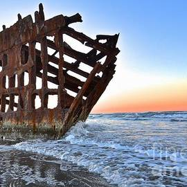 Rachel Cash - The Peter Iredale at Sunrise