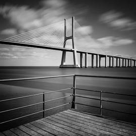 Nina Papiorek - Vasco da Gama Bridge