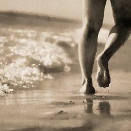 Dan Sproul - Walking On The Beach