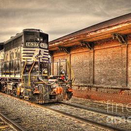 Reid Callaway - Locomotive 1637 Norfork Southern
