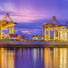 Anek Suwannaphoom - Container Cargo freight ship
