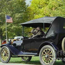 Luther   Fine Art - 1916 Dodge Brothers Car