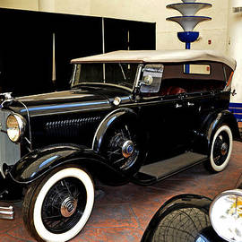 George Bostian - 1933 Ford V-8 Deluxe Roadster