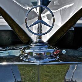 Linda Bianic - 1938 Mercedes Emblem