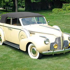 Glenn Morimoto - 1940 Buick Special
