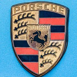 Jill Reger - 1972 Porsche 911S Emblem - 0584c45