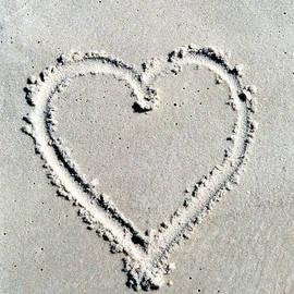 Robin Lee Mccarthy Photography - #377 Heart at the Beach Film