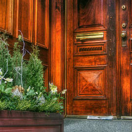 Joann Vitali - Beacon Hill Doorways