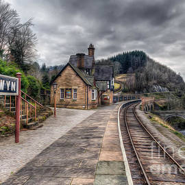 Adrian Evans - Berwyn Railway Station