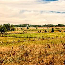 Bob and Nadine Johnston - Gettysburg Battleground