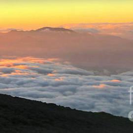 Joan  Minchak - Haleakala Sunset