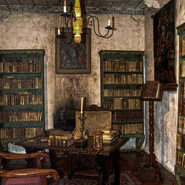 RicardMN Photography - Junipero Serra Library In Carmel Mission