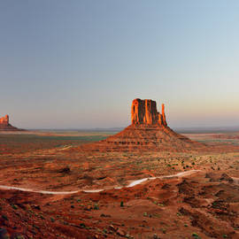 Christine Till - Monument Valley