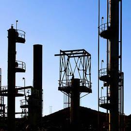 Henrik Lehnerer - Oil Refinery