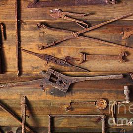 Carlos Caetano - Rusty Tools