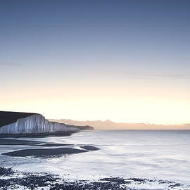 Matthew Gibson - Seven Sisters chalk cliffs Winter sunrise