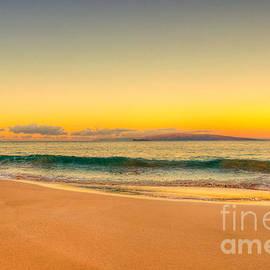 Kelly Wade - Sunrise Keawakapu Beach