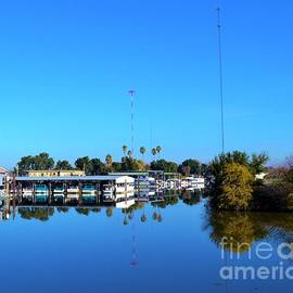 Gero - Walnut Grove Marina