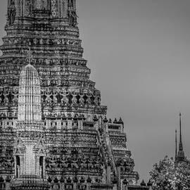 Colin Utz - Wat Arun - The Temple of Dawn - Bangkok Thailand