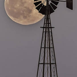 Rick Grisolano Photography LLC - 2014 June Windmill and Moon Natural - 01