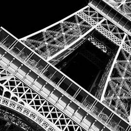 Chevy Fleet - Eiffel Tower