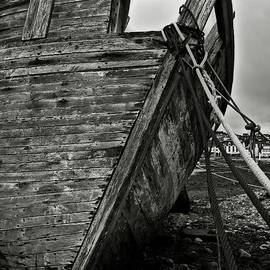 RicardMN Photography - Old abandoned ship