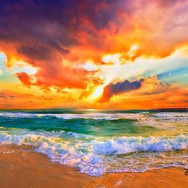 Eszra Tanner - Red Orange Beach Sunset